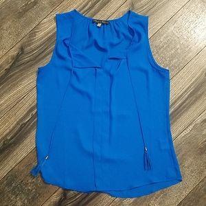 Blue sleeveless shirt